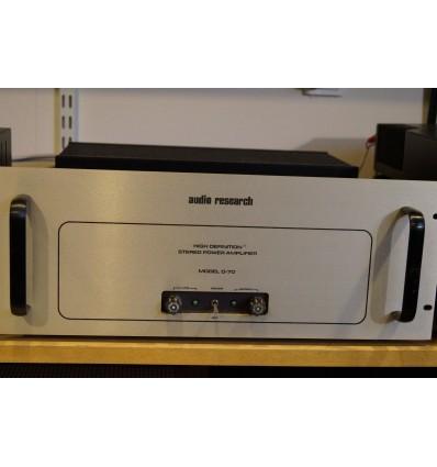 Audio Research model D-70